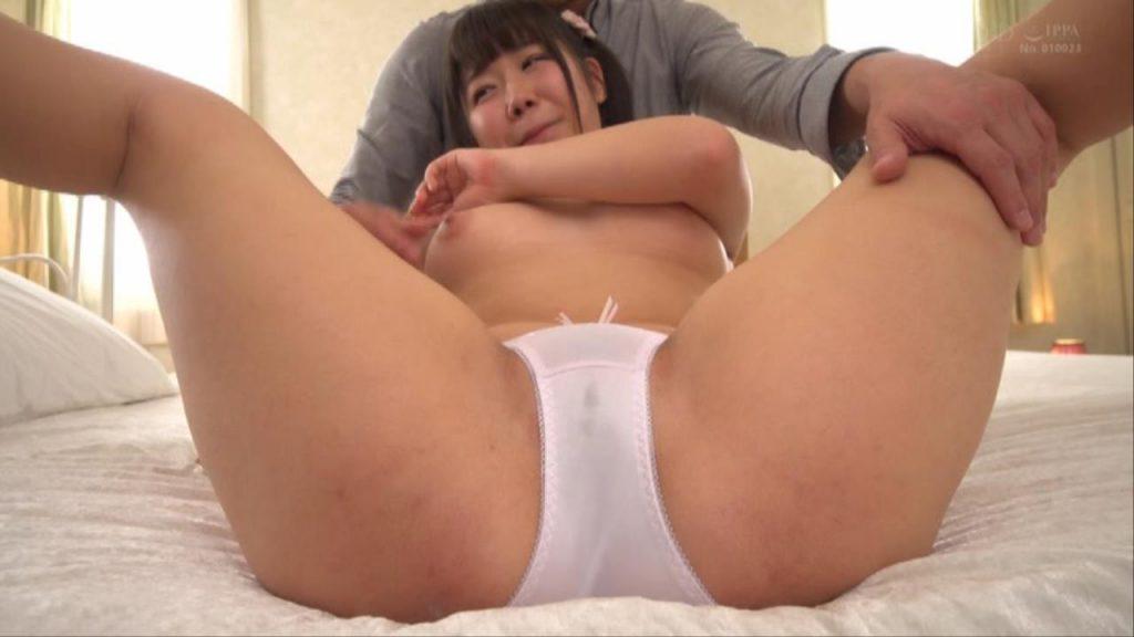 愛液でパンツにシミを作る 奈良井夢 アイドル AV